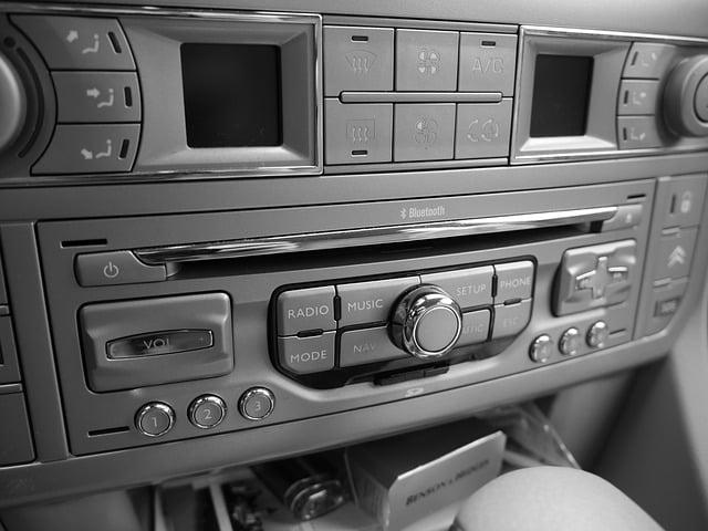 audio bluetooth to car via phone
