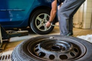 5 Tire Rotation Vs 4 Tire Rotation: proper ways to rotate tires
